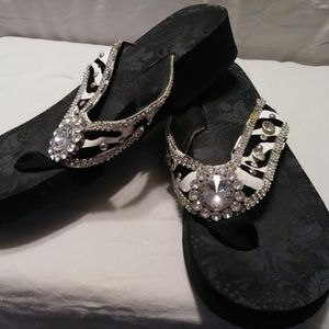Black and White flip Flops Size 11